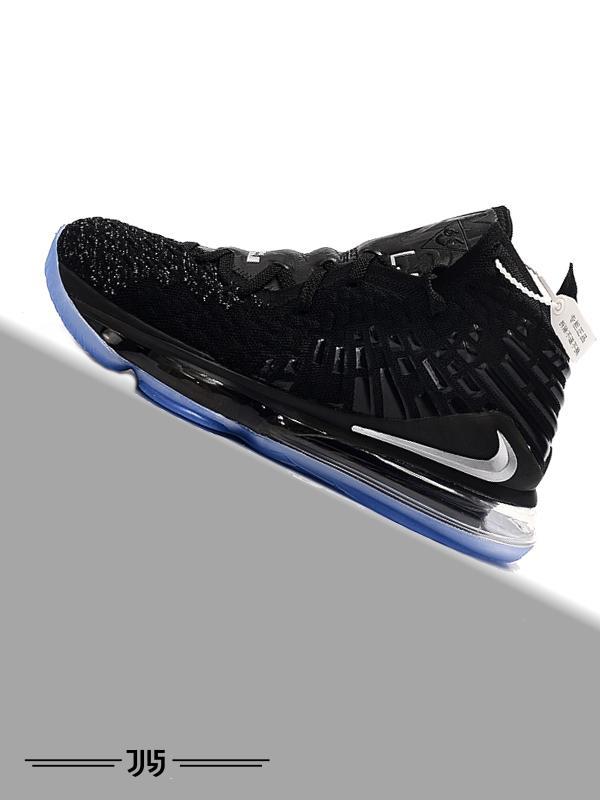 کتونی Nike Lebron 17