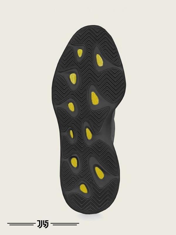 کتونی مردانه Adidas Yeezy 700 v3