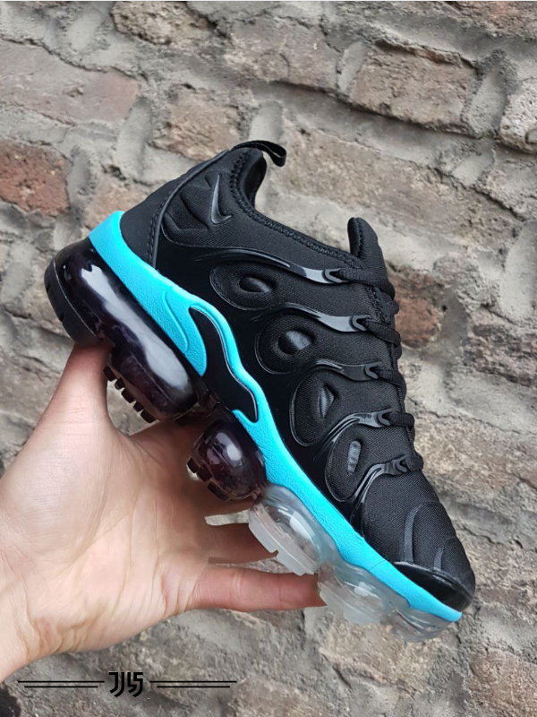 کتونی زنانه Nike Air Vapormax Plus
