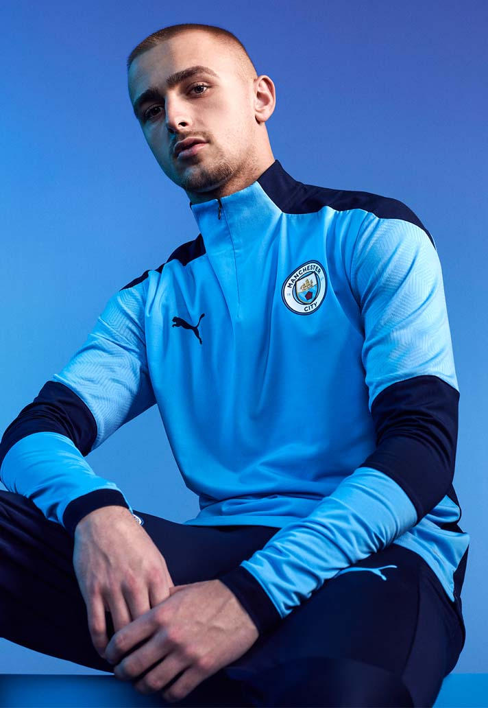 پوما لباس تمرین تیم فوتبال منچستر سیتی را در فصل 2021 معرفی کرد