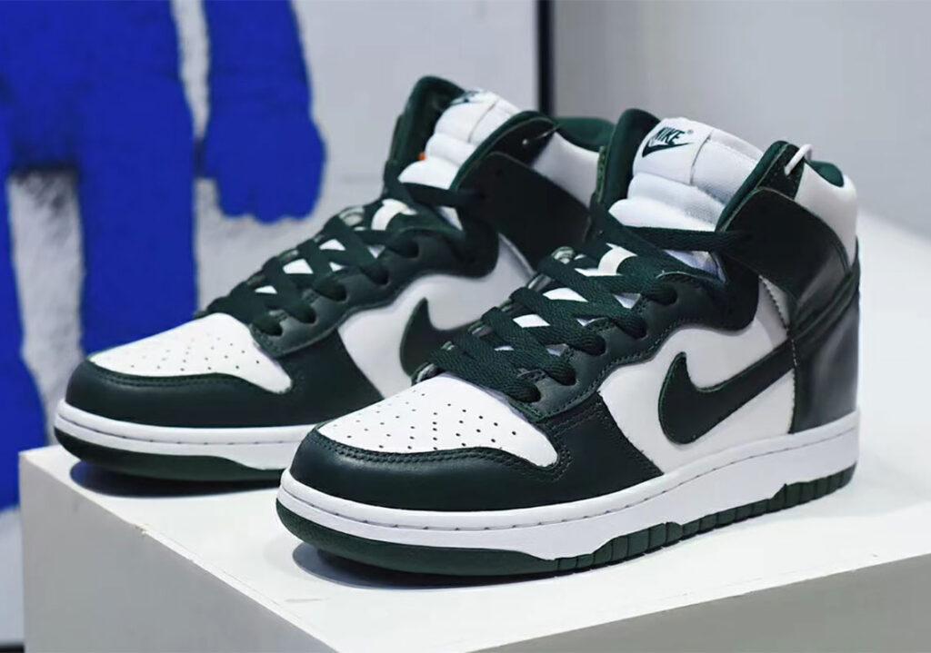 نگاه اولیه به کتونی Nike Dunk High Pro Green