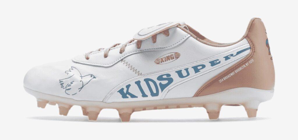 کفش فوتبال هکتور بیرین در فصل 2021