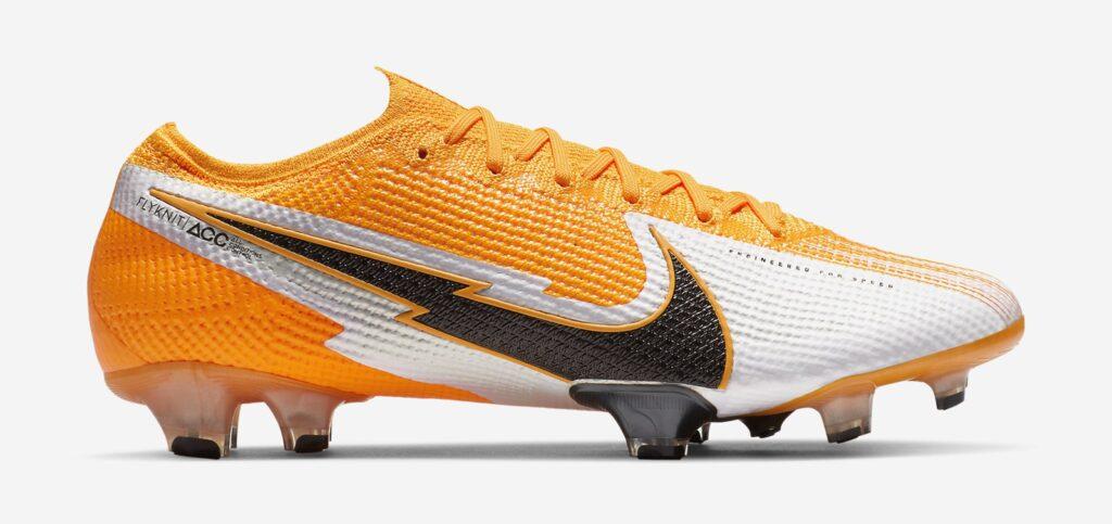 کفش فوتبال ویلیان در فصل 2021
