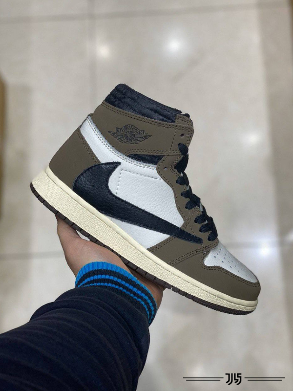 کتونی زنانه Nike Air Jordan 1 Travis Scott